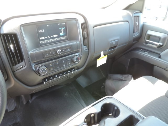 2016 Silverado 3500 Crew Cab, Harbor Landscape Dump #M16348 - photo 23