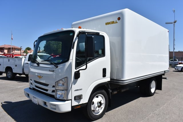 2016 LCF 4500 Regular Cab, Unicell Dry Freight #M1640001 - photo 4