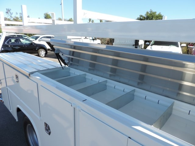 2016 Silverado 3500 Regular Cab, Utility #M164005 - photo 15
