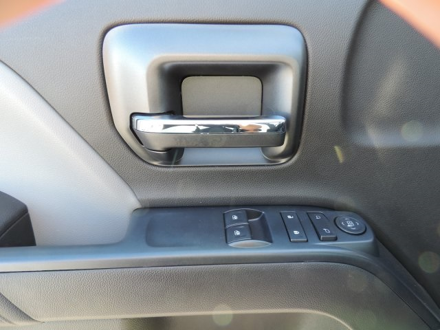 2016 Silverado 3500 Regular Cab, Utility #M164005 - photo 21