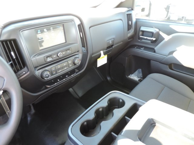 2016 Silverado 3500 Regular Cab, Utility #M164005 - photo 24
