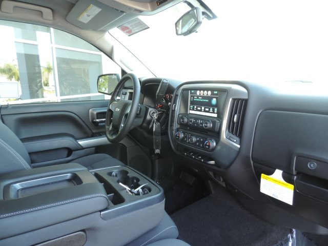 2016 Silverado 1500 Crew Cab, Pickup #M16405 - photo 10