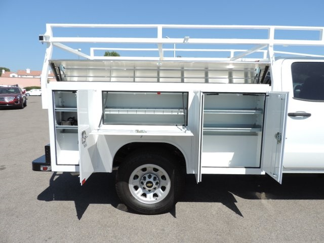 2016 Silverado 3500 Double Cab, Harbor Utility #M16648 - photo 10