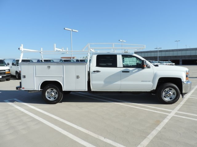 2016 Silverado 2500 Crew Cab, Harbor Utility #M16937 - photo 9