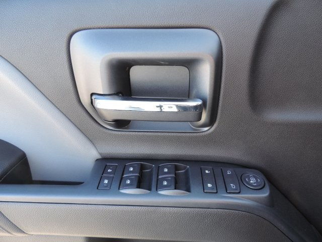 2016 Silverado 2500 Crew Cab, Harbor Utility #M16937 - photo 20