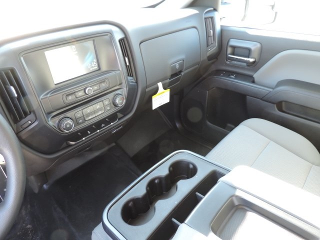 2016 Silverado 2500 Crew Cab, Harbor Utility #M16937 - photo 23