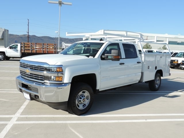 2016 Silverado 2500 Crew Cab, Harbor Utility #M16937 - photo 5