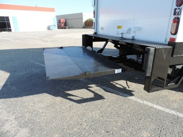 2016 LCF 4500 Regular Cab, Supreme Dry Freight #M16993 - photo 12