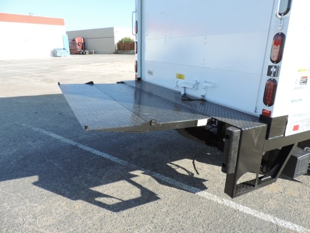 2016 LCF 4500 Regular Cab, Supreme Dry Freight #M16993 - photo 13