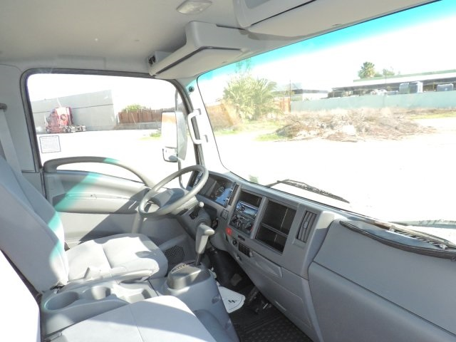 2016 LCF 4500 Regular Cab, Supreme Dry Freight #M16993 - photo 15