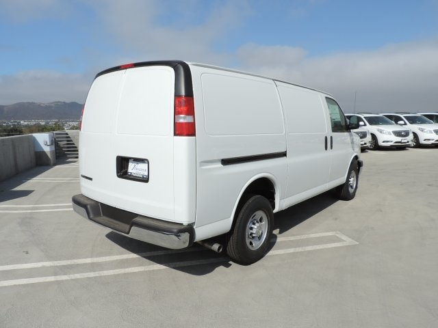 2017 Express 3500, Cargo Van #M1706 - photo 2