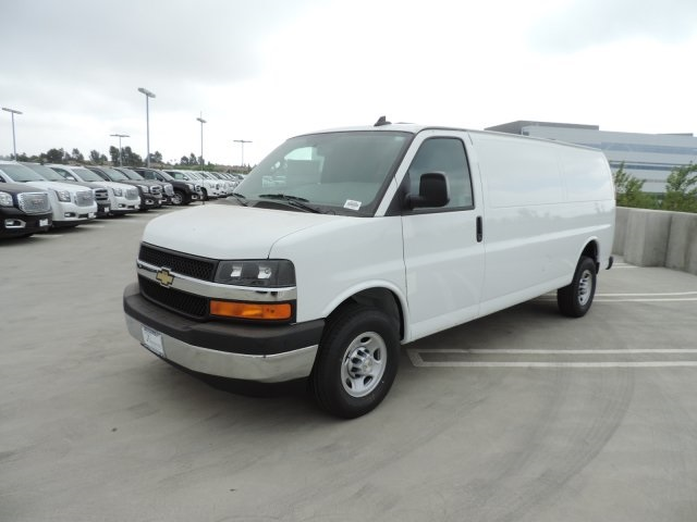 2017 Express 2500, Cargo Van #M17100 - photo 5