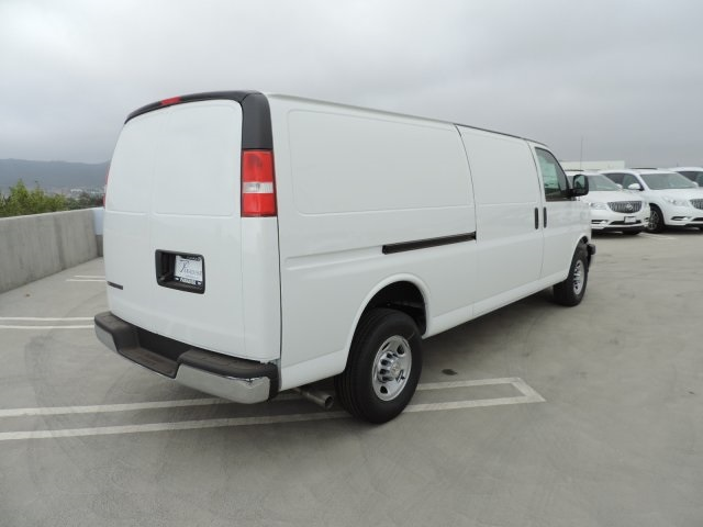 2017 Express 2500, Cargo Van #M17100 - photo 2
