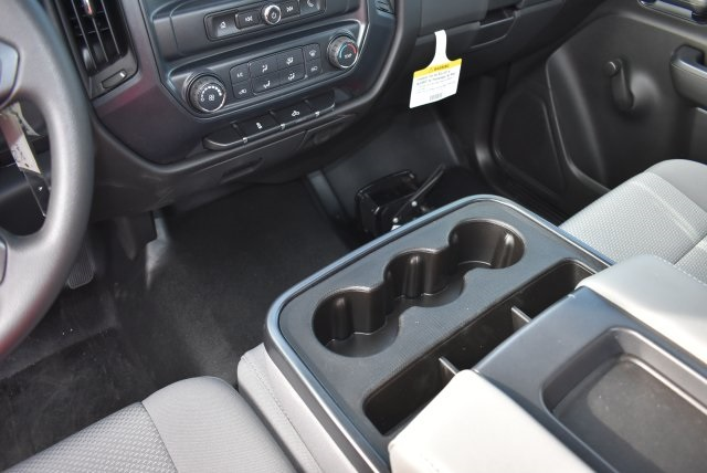 2017 Silverado 2500 Regular Cab, Royal Utility #M171148 - photo 21