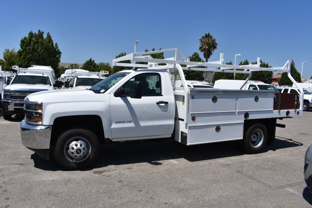 2017 Silverado 3500 Regular Cab DRW,  Royal Contractor Body #M171157 - photo 5