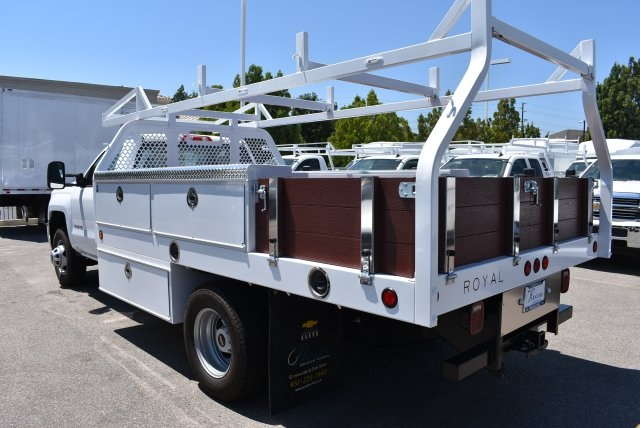 2017 Silverado 3500 Regular Cab DRW,  Royal Contractor Body #M171157 - photo 6