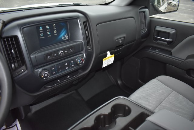 2017 Silverado 1500 Crew Cab, Pickup #M1712 - photo 18