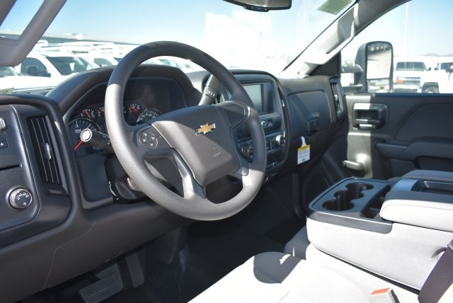 2017 Silverado 3500 Regular Cab DRW, Harbor Platform Body #M171215 - photo 17