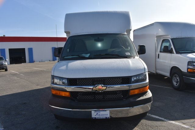 2017 Express 3500, Supreme Cutaway Van #M171256 - photo 4