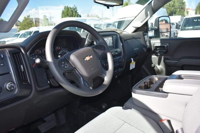 2017 Silverado 3500 Regular Cab DRW 4x4,  Harbor Combo Body #M171257 - photo 18