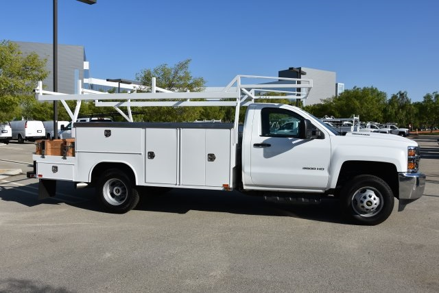 2017 Silverado 3500 Regular Cab DRW 4x4,  Harbor Combo Body #M171257 - photo 9
