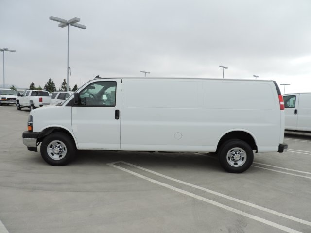 2017 Express 2500, Cargo Van #M1713 - photo 6
