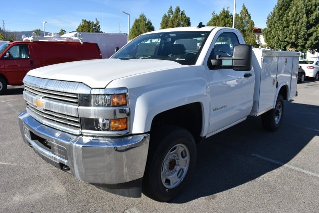 2017 Silverado 2500 Regular Cab, Royal Utility #M171356 - photo 5