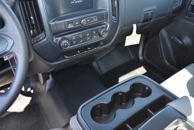 2017 Silverado 2500 Regular Cab Pickup #M171380 - photo 17