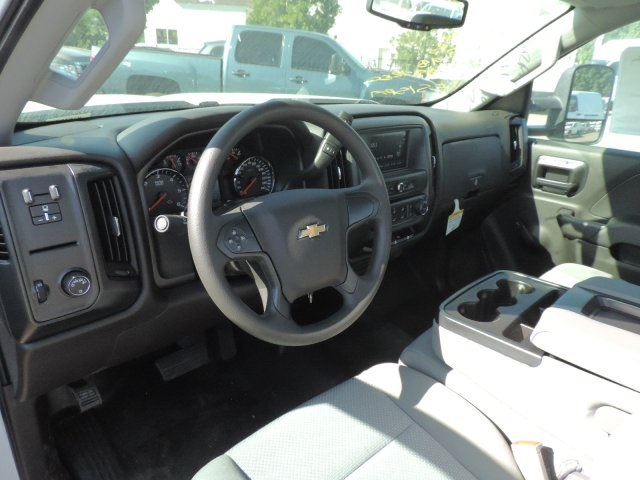 2017 Silverado 2500 Regular Cab, Royal Utility #M17268 - photo 19
