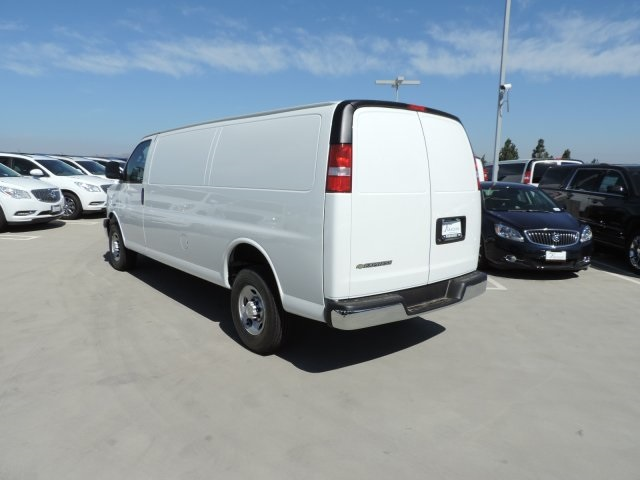 2017 Express 3500, Cargo Van #M1728 - photo 7