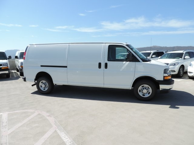 2017 Express 3500, Cargo Van #M1728 - photo 9