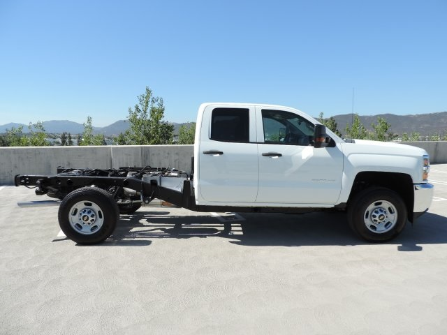 2017 Silverado 2500 Double Cab, Cab Chassis #M17283 - photo 9