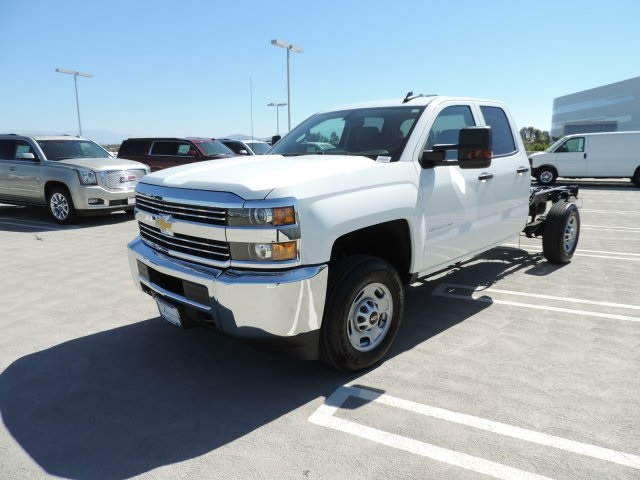 2017 Silverado 2500 Double Cab, Cab Chassis #M17283 - photo 5