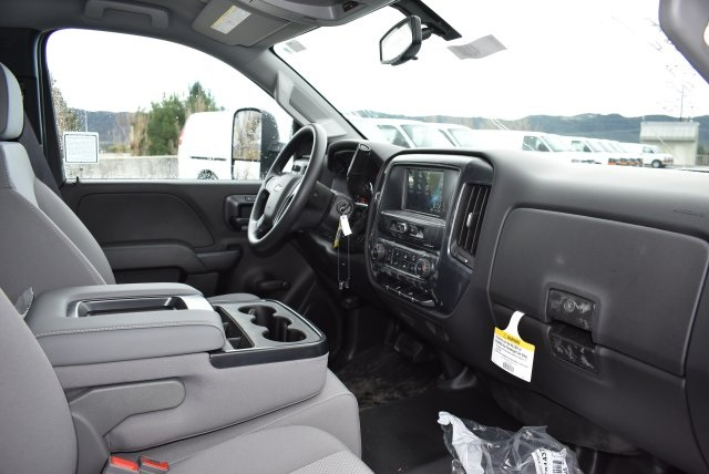 2017 Silverado 2500 Regular Cab, Royal Utility #M17289 - photo 16