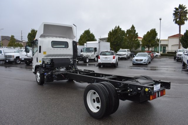 2017 Low Cab Forward Regular Cab, Cab Chassis #M17314 - photo 7