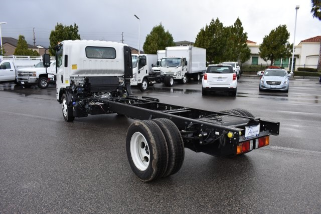 2017 Low Cab Forward Regular Cab, Cab Chassis #M17315 - photo 7