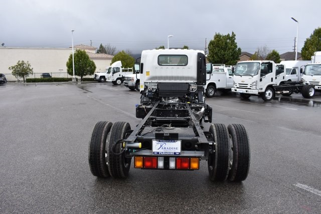 2017 Low Cab Forward Regular Cab, Cab Chassis #M17315 - photo 8