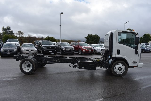 2017 Low Cab Forward Regular Cab, Cab Chassis #M17315 - photo 9