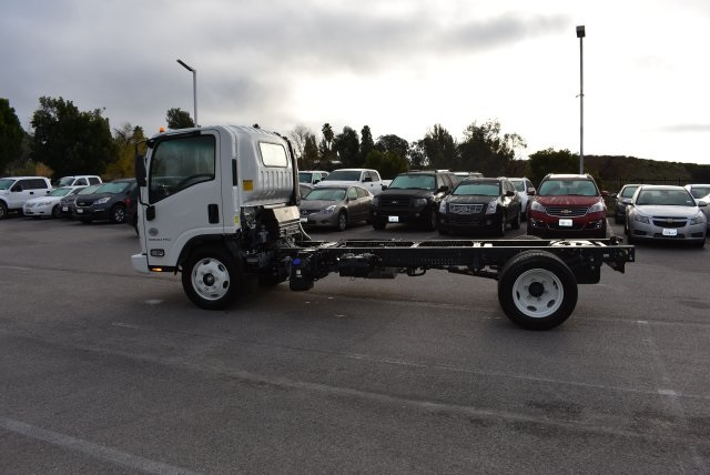 2017 Low Cab Forward Regular Cab Cab Chassis #M17316 - photo 6