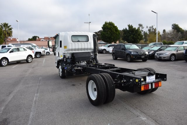 2017 Low Cab Forward Regular Cab Cab Chassis #M17316 - photo 7