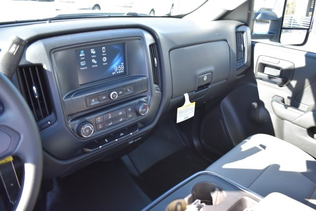 2017 Silverado 2500 Regular Cab, Royal Utility #M17325 - photo 23