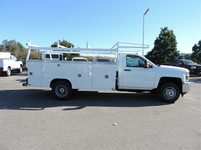 2017 Silverado 3500 Regular Cab, Harbor Utility #M17337 - photo 9