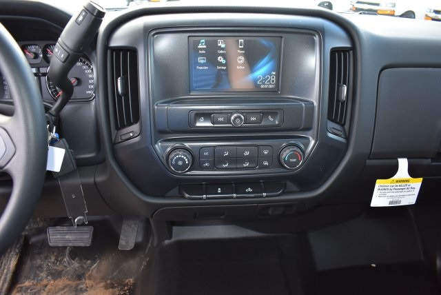 2017 Silverado 2500 Crew Cab, Harbor Utility #M17367 - photo 24
