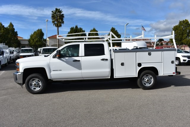 2017 Silverado 2500 Crew Cab, Harbor Utility #M17367 - photo 6