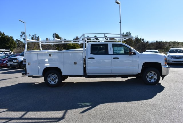 2017 Silverado 2500 Crew Cab, Harbor Utility #M17368 - photo 9