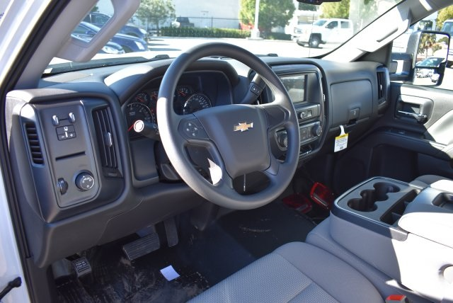 2017 Silverado 2500 Crew Cab, Harbor Utility #M17368 - photo 21