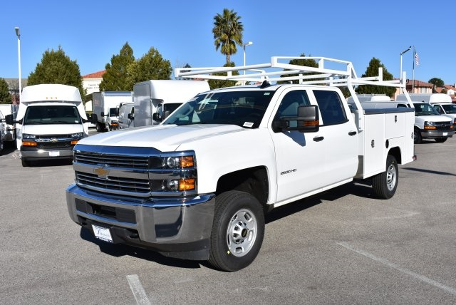 2017 Silverado 2500 Crew Cab, Harbor Utility #M17368 - photo 5