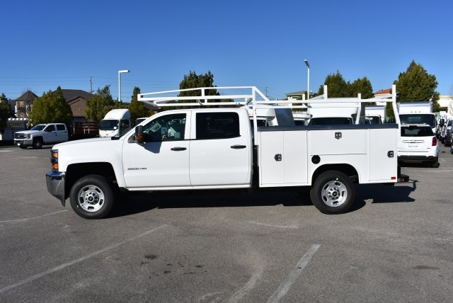 2017 Silverado 2500 Crew Cab, Harbor Utility #M17368 - photo 6