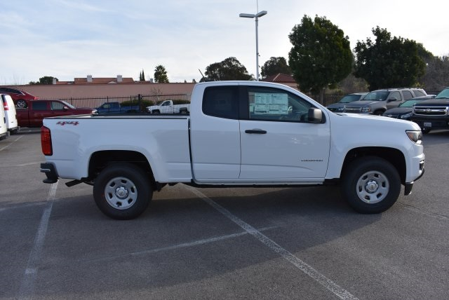 2017 Colorado Double Cab 4x4, Pickup #M17386 - photo 9