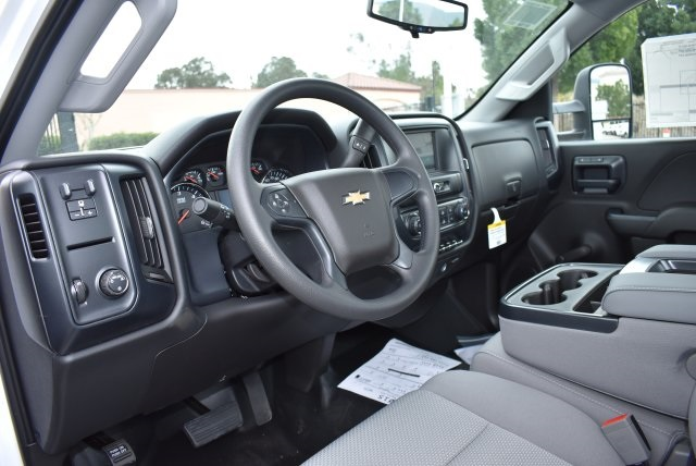 2017 Silverado 3500 Regular Cab, Utility #M17402 - photo 21